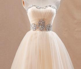Lovely prom dress, C..